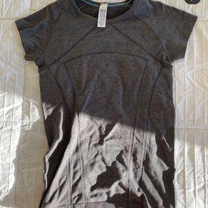 ivivva lululemon girls align fly tech t-shirt